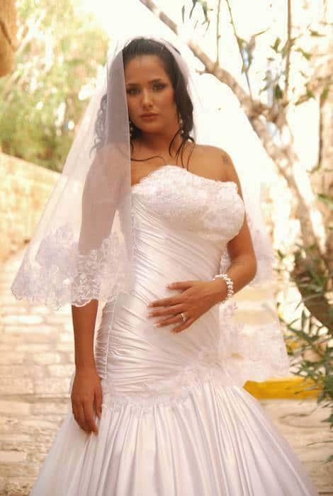 שמלת כלה סטרפלס - מידות גדולות
