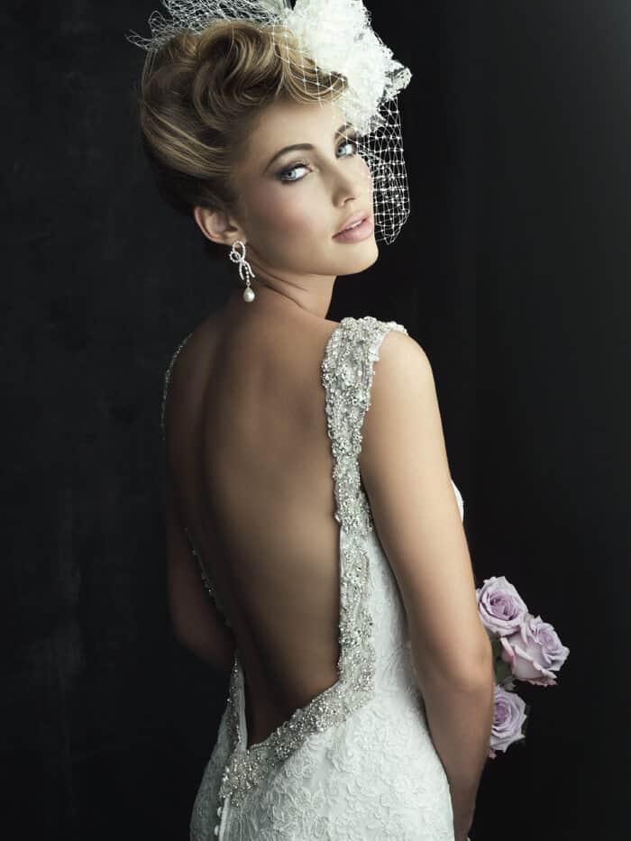 שמלת כלה סקסית עם גב חשוף בסגנון וינטאג'