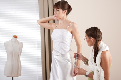 מדידת שמלת כלה