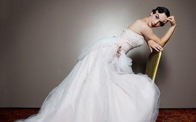 שמלת סטרפלס גם בחורף