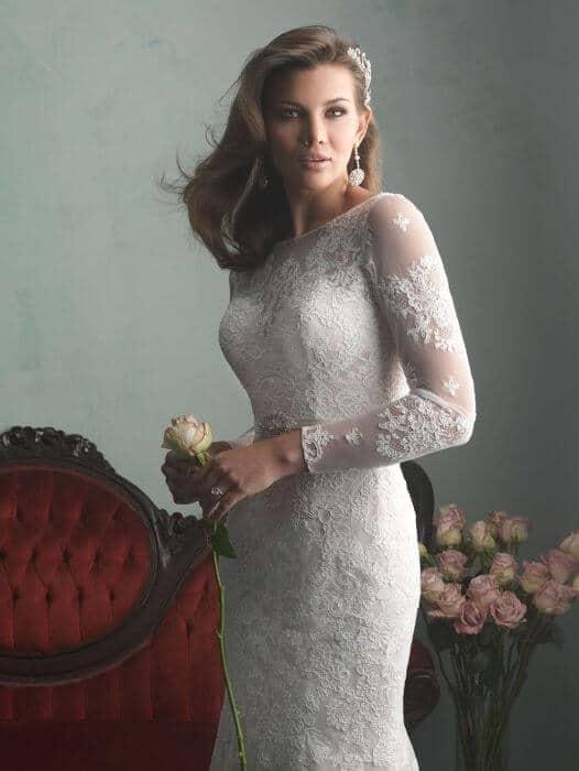 שמלת כלה קלאסית עם שרוולי תחרה