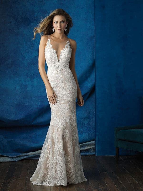 שמלת כלה צמודה תחרה קלאסית
