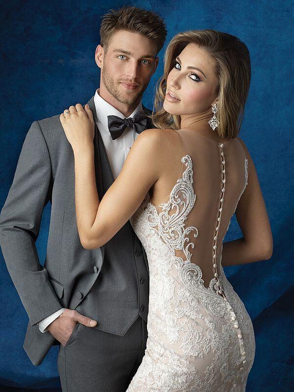 שמלת כלה אלגנטית עם גב פתוח תחרה