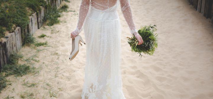 שמלת כלה לחוף הים