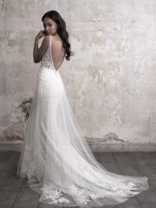 שמלת כלה בוהו עם גב חשוף