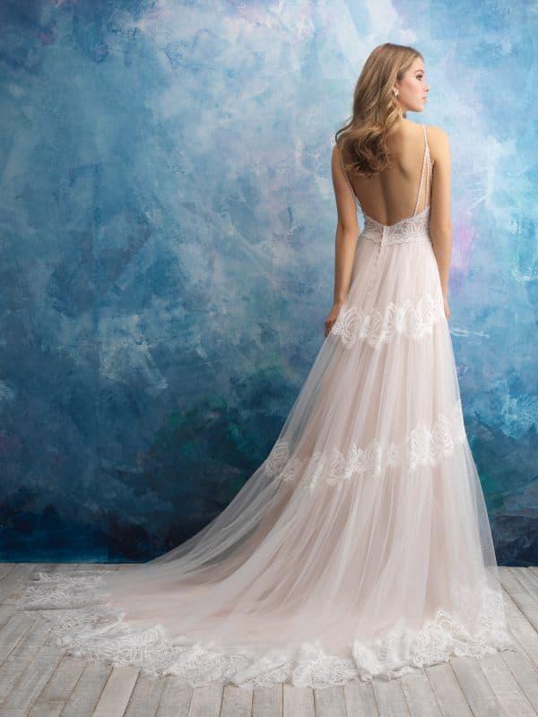 שמלת כלה עם נסיכה