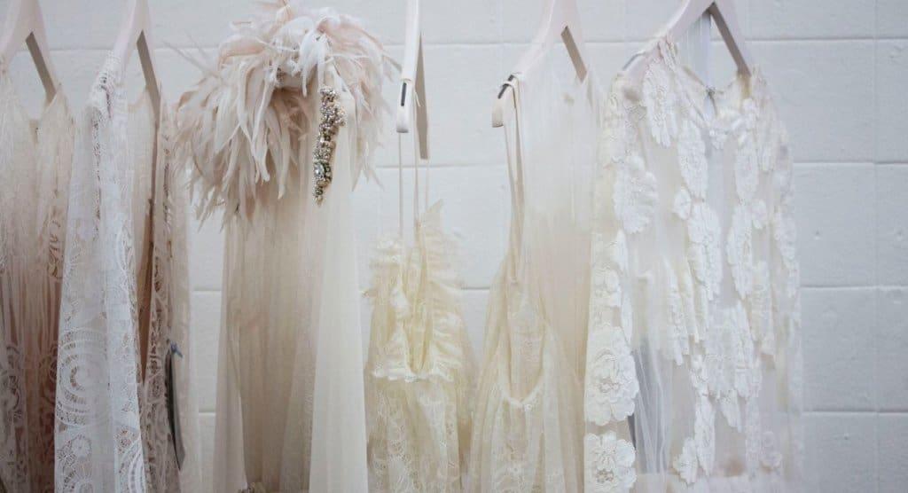 מה לעשות עם שמלת הכלה אחרי החתונה