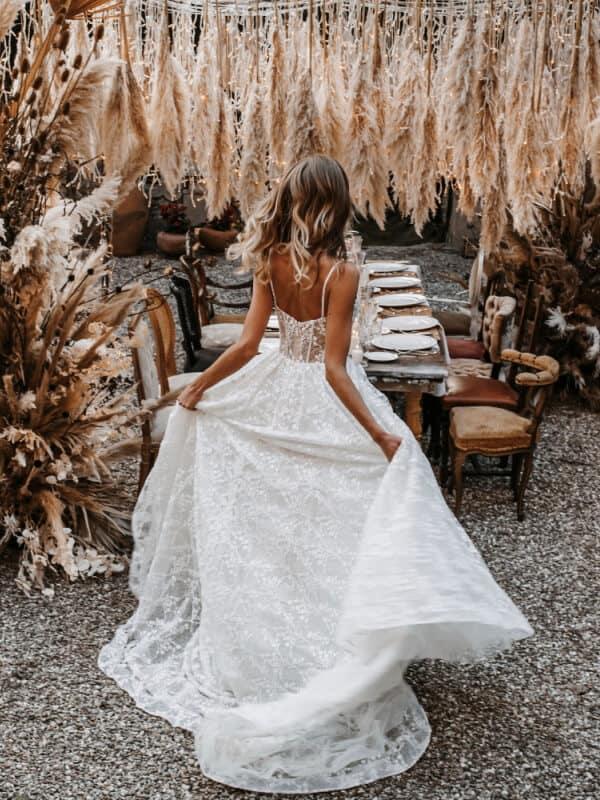 שמלת כלה שיקית